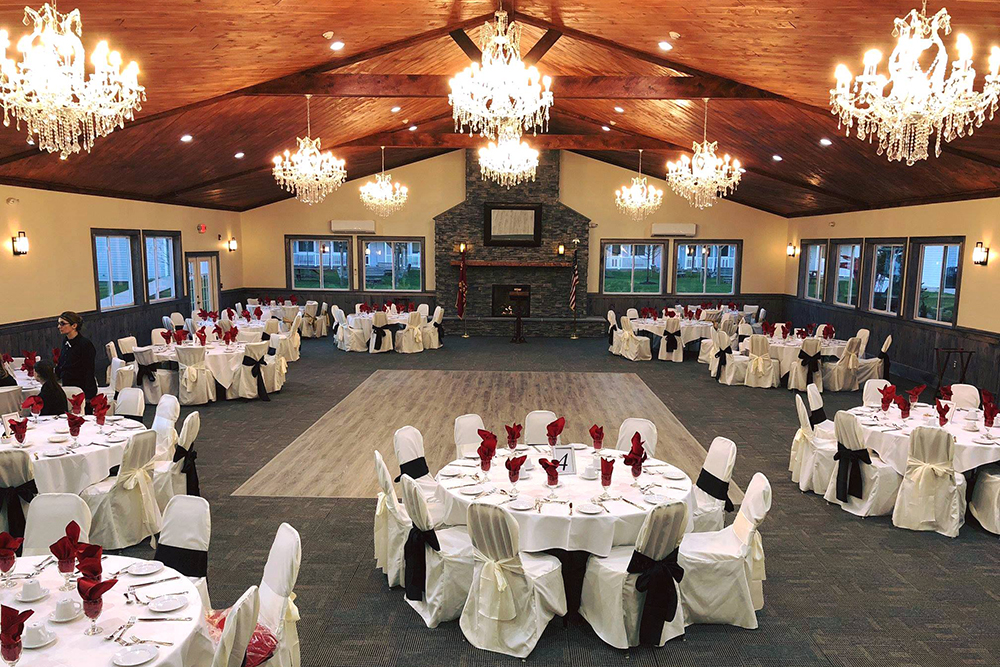 Catskill Mountains Resort banquet hall